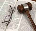 Pagamento straordinario non dovuto: cade il danno erariale se l'assoluzione penale sui medesimi fatti è ampia