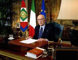 manovra-salva-italia-napolitano-ha-firmato-decreto.jpeg